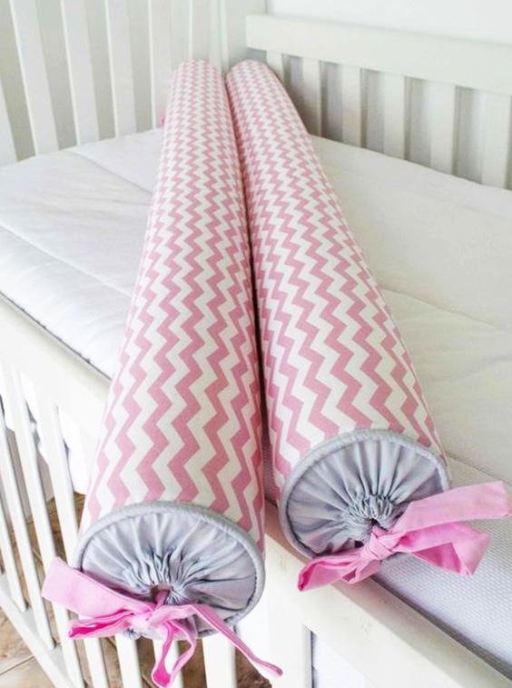 almohadón de tela en forma de caramelo extratip