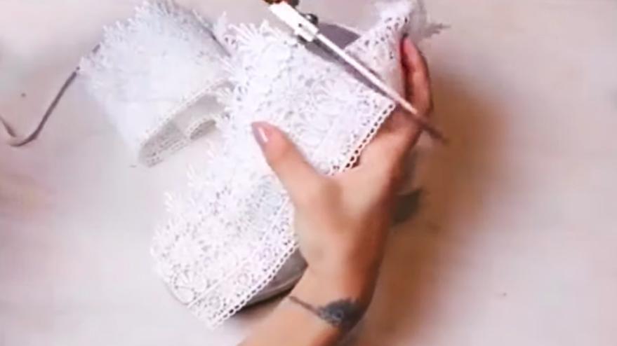corte de tela para parte interna de cordones para reciclado de zapatillas